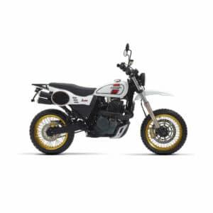 Une moto mash ride 650 en blanche et rouge